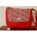 ATTENTION DEFAUT Sac Tourni ,simili cuir rouge et Liberry Betsy ann